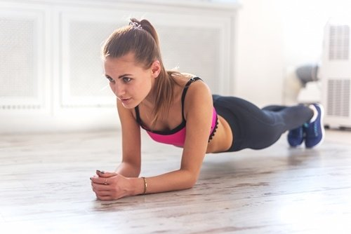 Workout tips for busy travel nurses.